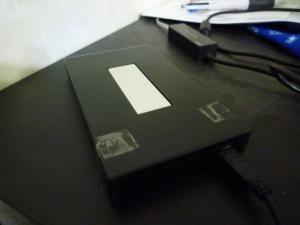 古いハードディスクケース外観|名もなきUSB3ハードディスクケースを買った件